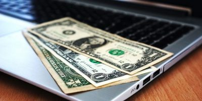 Computer, Money